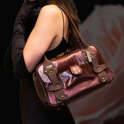 フルッティのレディースバッグ